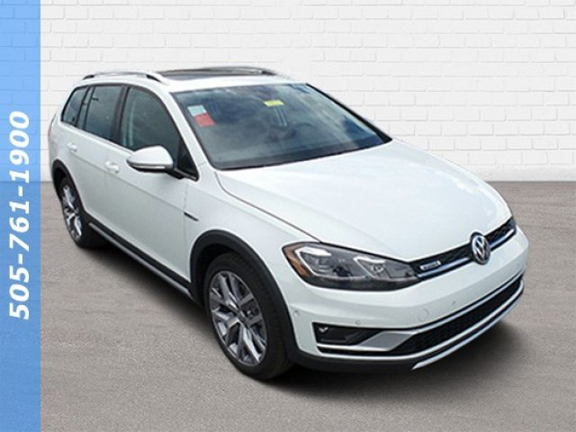 New 2019 Volkswagen Golf Alltrack Manual